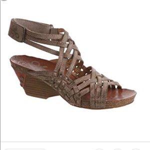OTBT wedge strap sandals